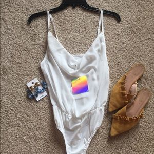 bdc03255477 White cowl front strappy bodysuit misguided sz 0 NWT